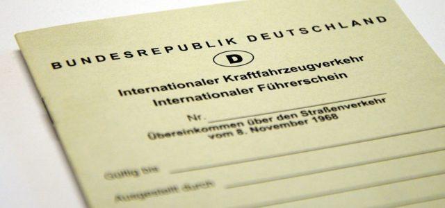 Beantrage deinen Internationalen Führerschein