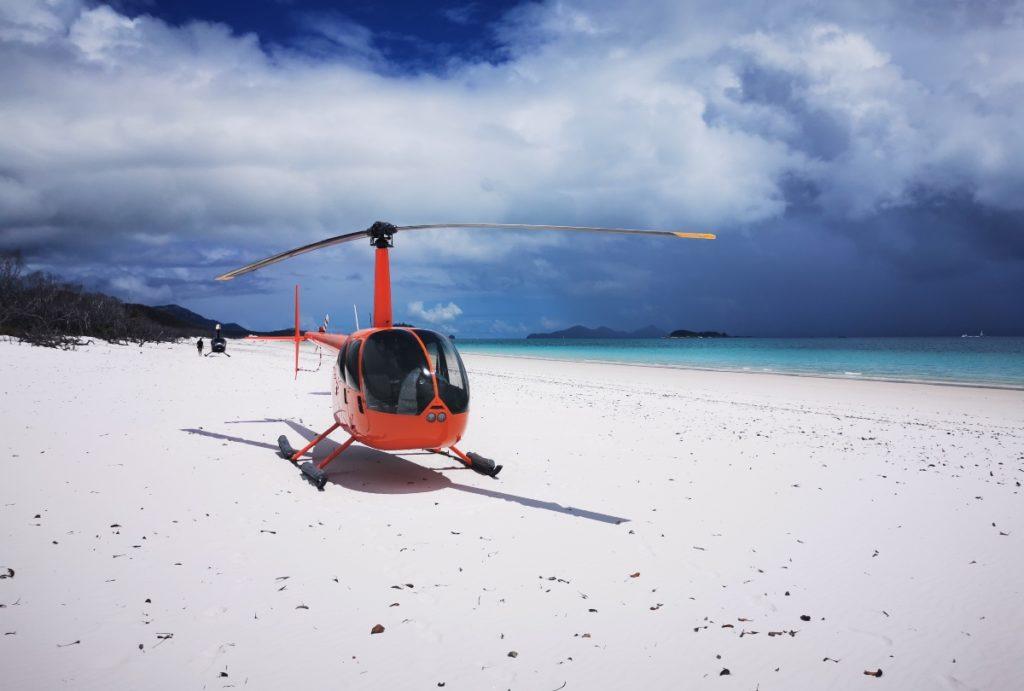 whitehaven beach hubschrauber