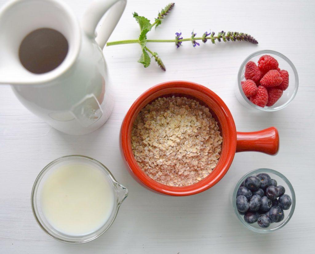 Porridge mit Obst